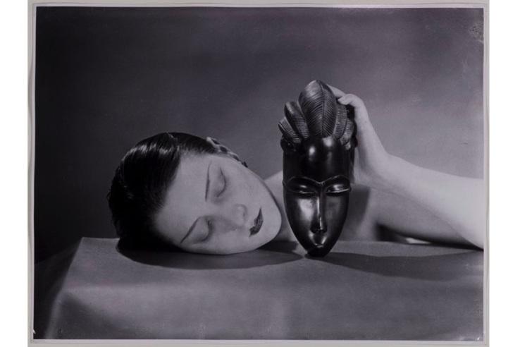 Man-Ray-Noire-et-blanche-19261